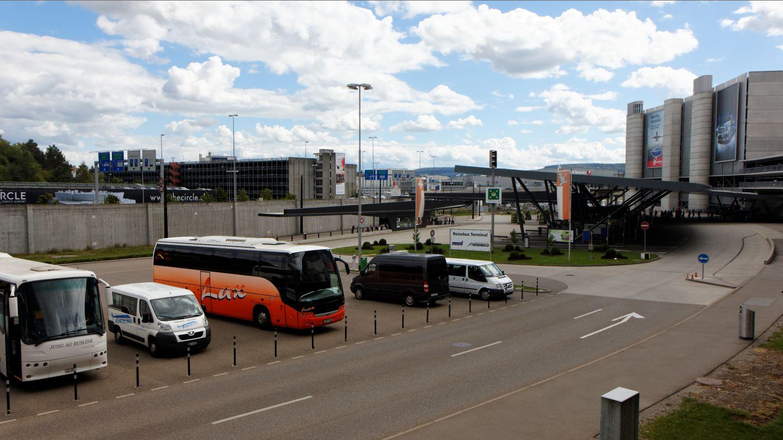 Flughafen Z 252 Rich Bus Terminal Busterminal Regionalbus